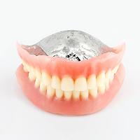 チタン金属床 総入れ歯